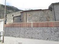 Puntellamenti e reti di protezione alla piazza del Castello - Ph. Giovanni Leonardi