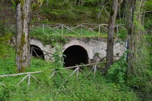 Località Capo le Vene presso Pietracamela, resti di un mulino con annessa una gualchiera. Ph. Giorgio Brazzoduro
