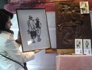 Giusy Giovannelli, scopritrice della zampogna cerquetana, la xilografia di Vito Giovannelli, la scultura di cioccolato